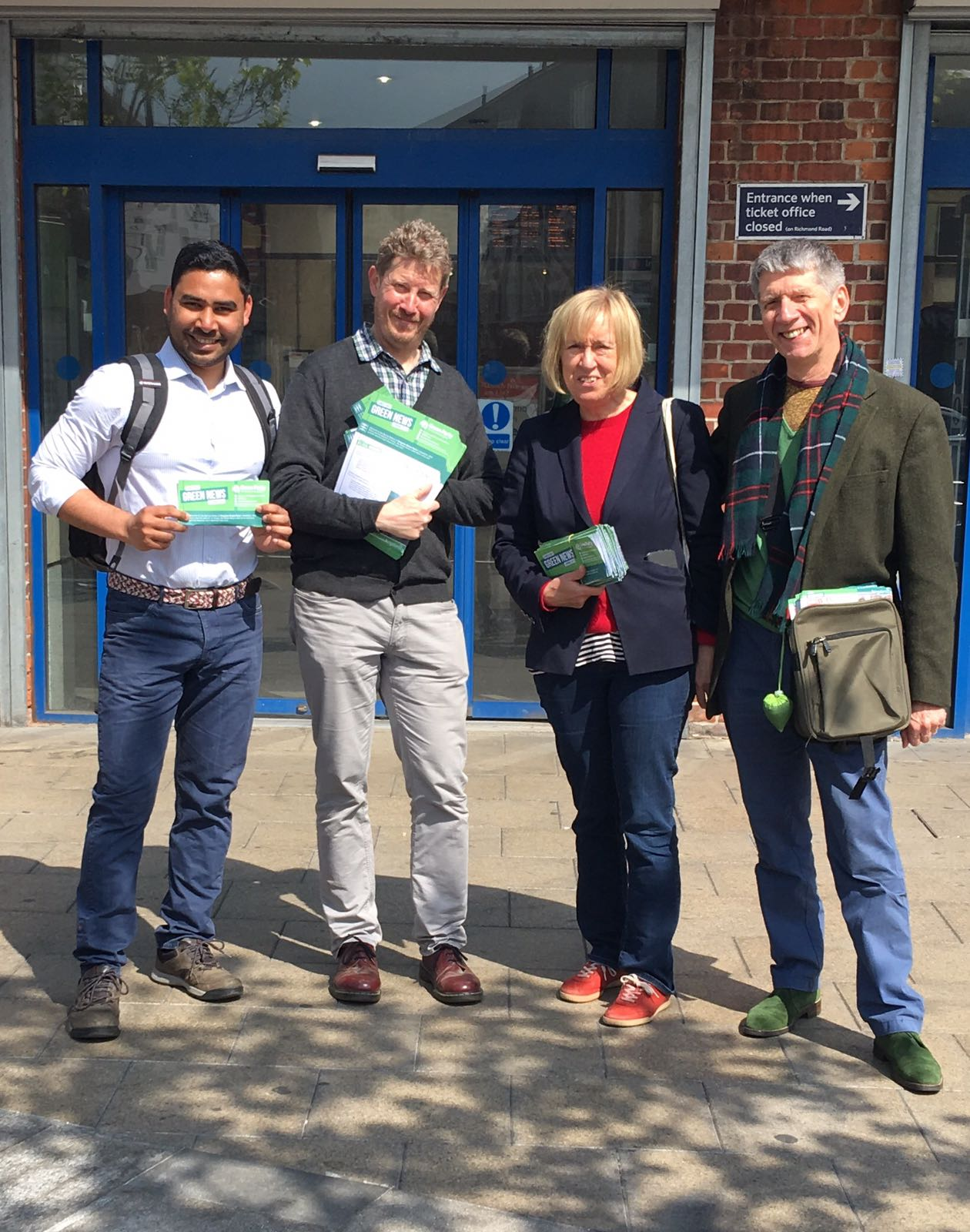 Lewisham Greens Speaking to local residents